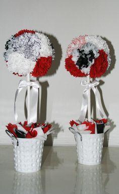 Alberelli realizzati con fiori di carta.
