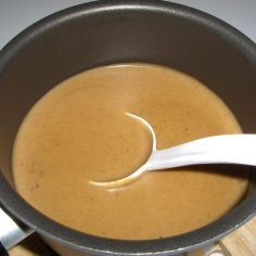 Kermainen ruskeakastike - Kotikokki.net - reseptit Sauce Recipes, Fondue, Food Inspiration, Food And Drink, Cheese, Tableware, Ethnic Recipes, Dressings, Sauces