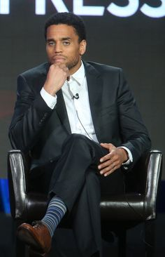 Michael Ealy Photos Photos - Actor Michael Ealy speaks onstage during ABC's… Black Boys, My Black, African American Actors, Morris Chestnut, Michael Ealy, Timothy Olyphant, Denzel Washington, Dwayne Johnson, Celebs