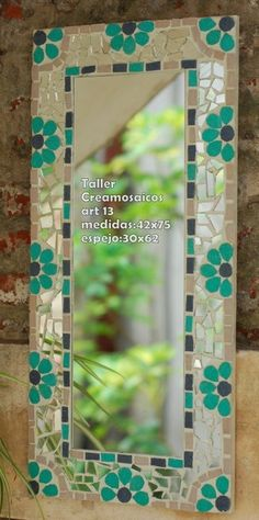 Decora tus ambientes con espejos diseñados a medida.        Podes elegir los colores, el diseño, y el formato.        Conulta precio por tu... Mirror Mosaic, Mosaic Diy, Mosaic Garden, Mosaic Crafts, Mosaic Projects, Mosaic Glass, Mosaic Tiles, Mosaic Designs, Mosaic Patterns