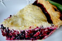Prize-Winning Blueberry-Raspberry Pie - This pie had a to-die-for homemade crust and is filled with 8 cups of blueberries and raspberries. (easy biscuits recipe with crisco) Raspberry Recipes, Blueberry Recipes, Raspberry Popsicles, Raspberry Cobbler, Raspberry Punch, Raspberry Cordial, Raspberry Cocktail, Raspberry Muffins, Raspberry Buttercream