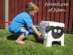 Sheep shearing - great fine motor activitiy for toddlers!