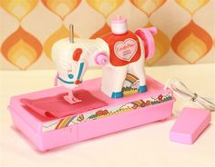 Lovely Pony Sewing Machine Toy!