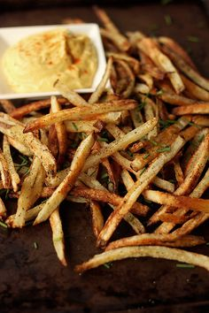 How-to Make Perfect {Baked} French Fries // Tasty Yummies