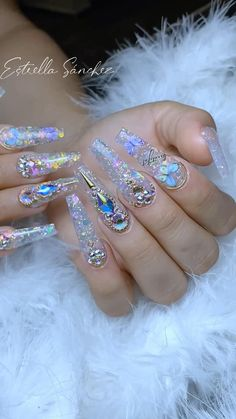 Bling Acrylic Nails, Gold Glitter Nails, Best Acrylic Nails, Bling Nails, Swag Nails, Coffin Nails, Bling Nail Art, Nail Designs Bling, Nails Design With Rhinestones