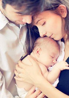 newborn with parents  shopruche.blogspot.com