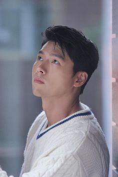 Korean Male Actors, Korean Celebrities, Korean Men, Asian Actors, Hyun Bin, Netflix Dramas, Imaginary Boyfriend, Korean Drama Movies, Kdrama Actors