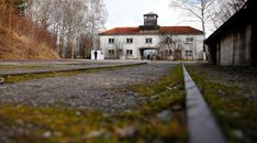 Portugueses nos campos de concentração - Os Campos Nazis - PÚBLICO