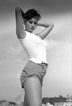 Sophia Lauren.. Like the shorts :P