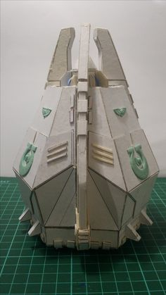 Scratch build drop pod of my own production. If you like it, the link is attached. Happy wargaming!