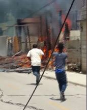Un menor herido al una vivienda incendiarse en Neiba