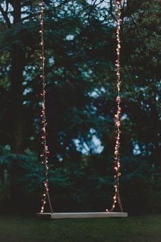 Wedding Swing, Wedding Planner Guide, Wedding Venue Inspiration, Urban Setting, Space Wedding, Led Licht, Wedding Supplies, Fairy Lights, Spring Wedding