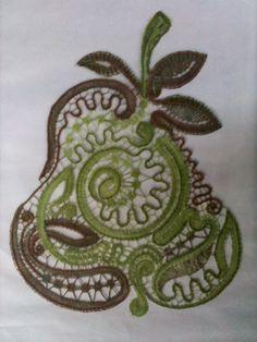 s 1.920×2.560 pixels Irish Crochet, Crochet Lace, Bobbin Lacemaking, Bobbin Lace Patterns, Lace Heart, Lace Jewelry, Needle Lace, Lace Embroidery, Lace Making
