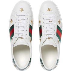 Gucci Ace embroidered low-top sneaker (2.144.080 COP) ❤ liked on Polyvore featuring men's fashion, men's shoes, men's sneakers, gucci mens shoes, mens leather shoes, mens low profile shoes, g star mens shoes and mens embroidered shoes