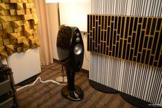 Audionet ULTRA series: PLANCK, WATT and AMPERE at Audio Video Show in Warsaw. Acoustic panels - Artnovion Rack - Townshend Audio Loudspeakers - Vivid Audio