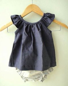 Sweet little play top & bloomers