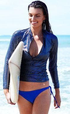db9edccd30ea6 r zipfrontrashguard andrea Surf Girls