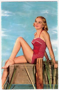 Sporting lovely red and white in the good summertime. #1950s #summer #beach #vintage #pinup