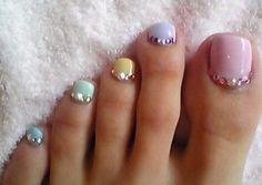 I want these cute summer toe nails #nails #summer