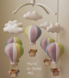 – Sibel Işık – Join the world of pin Baby Crafts, Felt Crafts, Diy And Crafts, Baby Mobile Felt, Baby Crib Mobile, Baby Room Decor, Nursery Decor, Felt Ornaments, Baby Sewing