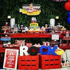 Festa Rock Beatles Birthday, Beatles Party, Rockstar Birthday, Man Birthday, Music Themed Parties, Music Party, Party Rock, 60s Party, Baby Party