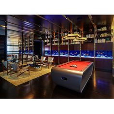 """""""This 24 foot long aquarium by @okeanosgroup at the One/57 tower in New York City is simply amazing ! Okeanosgroup"""""""