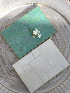 Dessous de plat en Zelig de Fes Contour en métal doré Fabrication artisanale au Maroc Différentes tailles 30 X 20 cm 10 X 30 cm 10 X 10 cm