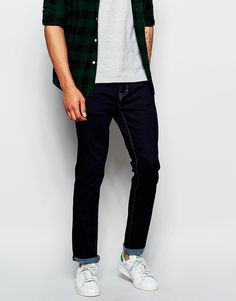 "Skinny jeans by Waven Stretch denim Raw finish Concealed fly Five pockets Skinny fit - cut closely to the body Machine wash 79% Cotton, 19% Polyester, 2% Spandex Our model wears a 32""/81 cm regular and is 188cm/6'2"" tall"