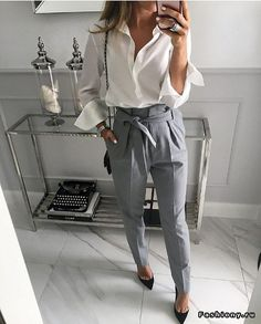 I really want to try these style pants! I especially love it in this gray.