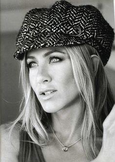 jennifer aniston & brad pitt | Jennifer Aniston in Michael Stars Boyfriend Tank via @Lisa Harper's ...