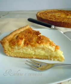 La crostata di mele e mandorle è indicata per ogni tipo di palato, anche del più esigente e soprattutto semplicissima da preparare...