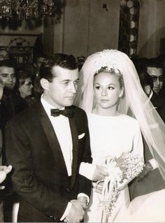 Aliki Vougiouklaki national star of Greece (actress) with her husband (actor) Dimitris Papamichail in their wedding day!Aliki wears bridal Givency a design only for her! Greek Icons, Health And Fitness Articles, Beautiful Bride, Greece, Wedding Day, Flower Girl Dresses, Actresses, Actors, Bridal