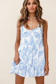 Heather Round Neck Swing Dress Leaf Print Blue Retro Fashion, Boho Fashion, Fashion Dresses, Fashion Tips, Girls Party Dress, Girls Dresses, Party Dresses, Trendy Summer Outfits, Hot Dress