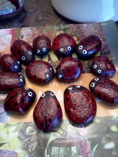 These little rock ladybugs are fun and easy.  I used acrylic paint, black sharpie, and clear spray paint. http://media-cache7.pinterest.com/upload/257690409898695964_JMqssZCc_f.jpg realtorcyn crafts and stuff i like