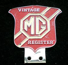 VINTAGE MG REGISTER CAR CLUB BADGE