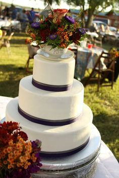 Teacup cake topper!