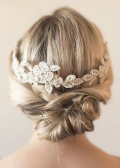 Take your Big Day look up a notch with one of these spectacular bridal headpieces!