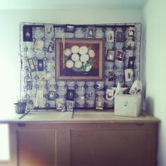 Dishfunctional Designs: Spring It On! Interesting Things Made With Old Springs Old Bed Springs, Mattress Springs, Bed Spring Crafts, Spring Art, Crib Spring, Metal Spring, Old Boxes, Funky Junk, Diy Bed