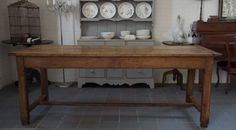 Antieke vruchthouten tafel