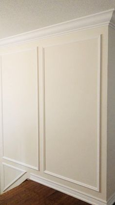 Cabinet Molding, Floor Molding, Wall Molding, Moldings And Trim, Moulding, Wainscoting Bedroom, Wainscoting Styles, Paneling Walls, Panelling