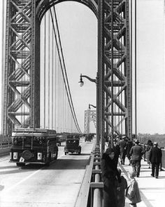 The George Washington Bridge. Photo from the New York State Archives. Old Pictures, Old Photos, Vintage Photos, New York City Pictures, Washington Heights, Fort Lee, New Amsterdam, Vintage New York, New Paris