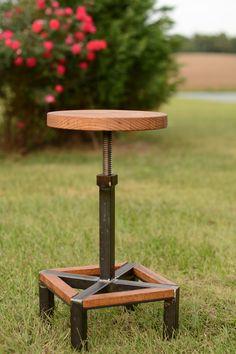 Taburete de bar de altura ajustable de madera y acero