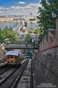 Ungarn Budapester Burg und Umgebung/Cable car ascending from the Danube river to the Budapest castle Beautiful Places In The World, Beautiful Places To Visit, Places Around The World, Wonderful Places, Places To See, Around The Worlds, Budapest Travel, Hungary Travel, Danube River
