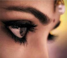 home nurse: അവയവ ദാനം Indian Wedding Couple Photography, Girl Photography Poses, Indian Photography, Beauty Photography, Digital Photography, Engagement Photography, Indian Photoshoot, Bridal Photoshoot, Indian Bridal Photos