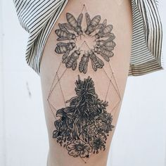 Nature-Inspired Tattoos Combine Vintage-Style Etchings of Fauna and Flora - My Modern Met