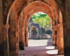 Kilwa Kisiwani | Ruins of Kilwa Kisiwani and Songo Mnara (12-14c.), Tanzania, Africa