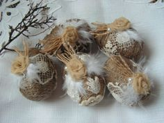 Tremendous ideas by Easter and New year from from the American masters: sacking, jute, lace. - Rustic Easter eggs - set of 5.