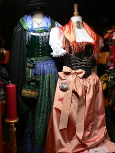 Bavarian Dirndl fashions in Munich | Flickr : partage de photos !