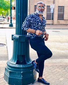 Mens Casual Dress Attire, Casual Outfits, Summer Outfits, Beach Outfits, Fashion Outfits, Business Casual Men, Men Casual, Black Men Beards, Photography Poses For Men