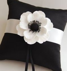 Couture Clay - Made to Order Satin Ring Pillow with Clay Anemone Flower Pillow Crafts, Fabric Crafts, Sewing Crafts, Sewing Projects, Sewing Pillows, Diy Pillows, Decorative Pillows, Throw Pillows, Cushions